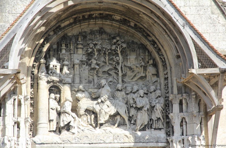Détail du tympan de l'église